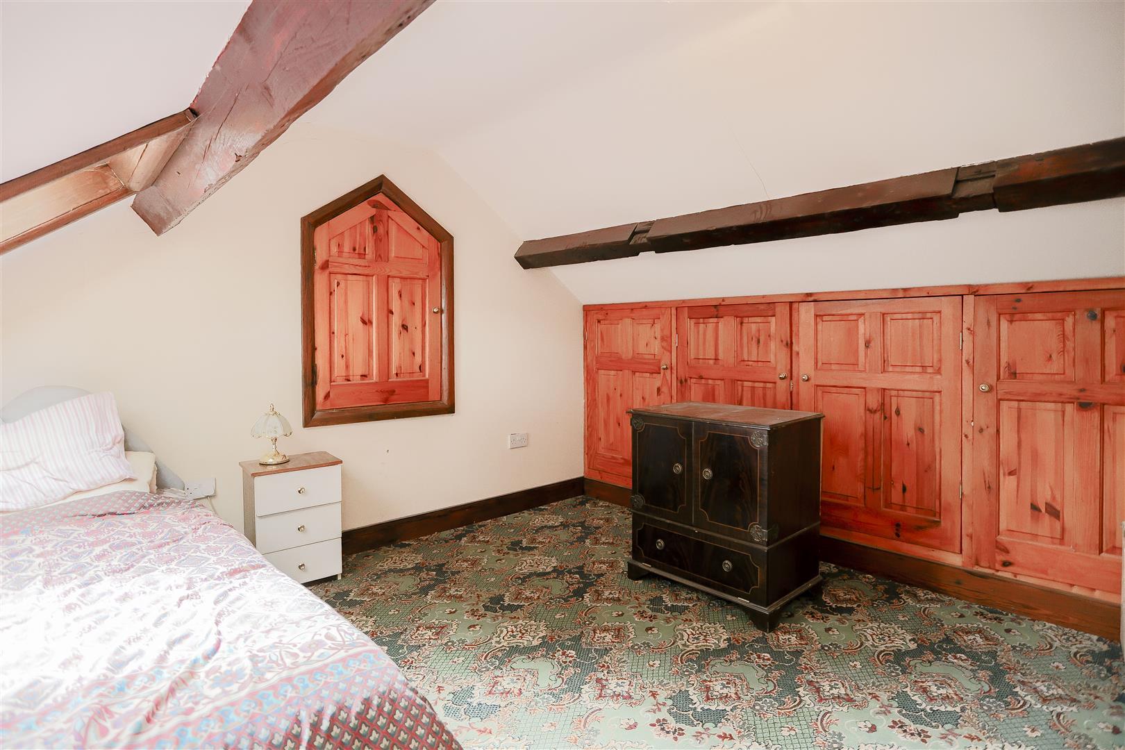 2 Bedroom Barn Conversion For Sale - IMG_2412.jpg